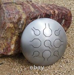 Steel Tongue Drum, Handpan, EDELSTAHL Vibedrum-B 9 Töne- D-Moll 432 H