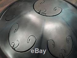 Tongue Hand Pan / RAV Vast 2 / D Celtic Minor / (in case) (Steel / Hand Drum)