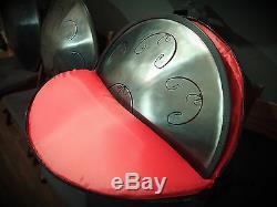 Tongue Hand Pan / RAV Vast 2 / D Major / (in case) (Steel / Hand Drum)